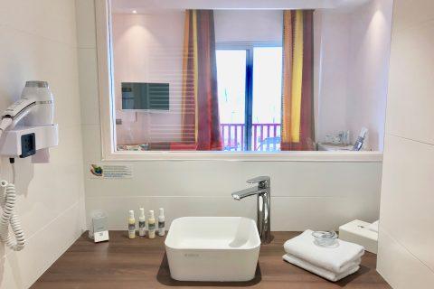 Hôtel Outre-Mer (Villa Le Couchant) - Salle d'eau vue mer chambre deluxe Soleil couchant à Villers