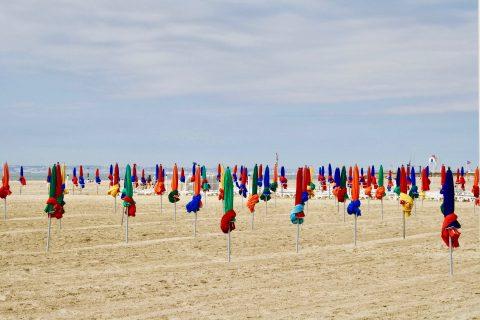 Les plages de sable fin sur la Côte Fleurie en Normandie