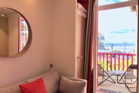 Hôtel Outre-Mer (Villa Le Couchant) - Canapé Suite Promenade sur les planches de Deauville