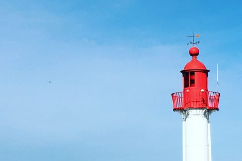 Le phare de Trouville-sur-Mer en Normandie