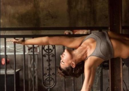 Charline, professeur de Yoga à Villers sur Mer et sur la Côte Fleurie